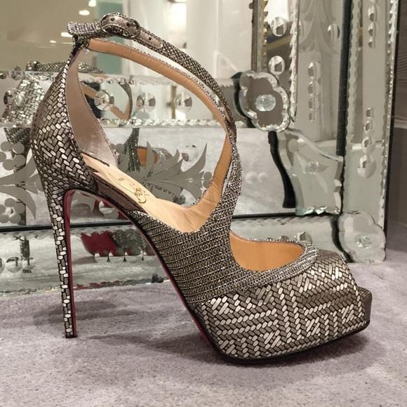 premium selection 8e22e f3236 Louboutin Silver MiraBella Peep Toe Platform Heels NWT